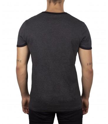 Camiseta Graff